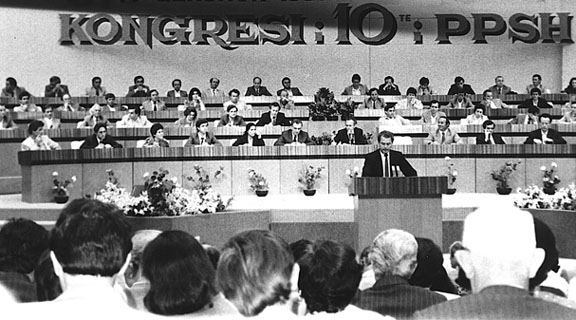 the albanian government from communism to Albania - government and politics albania was the last country in eastern europe during the early 1990s to undergo a transition from a totalitarian communist regime to an incipient system of democracy.